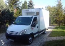 ciężarówka Iveco DAILY 35C12 RAMA WYWROT CHŁODNIA