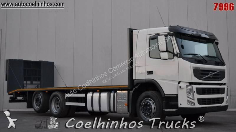Volvo heavy equipment transport
