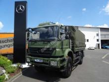 vrachtwagen platte bak zijschotten Mercedes