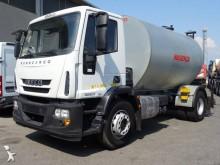 camión cisterna de alquitrán Iveco