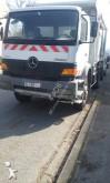 camión volquete Mercedes