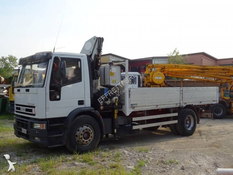 Used Iveco Eurocargo flatbed truck 170 E 23 Diesel Euro 5 crane - n°2823681