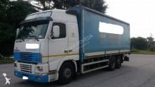 camión lona corredera (tautliner) Volvo