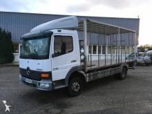 camión para aves Mercedes