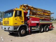 Astra concrete pump truck truck