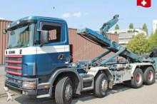 Scania skip truck