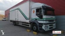 Camión furgón Iveco Stralis AT 190 S 43
