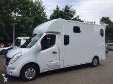 Renault horse truck