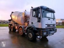 camion béton toupie / Malaxeur Iveco