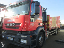 camión portamáquinas Iveco