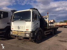 camión caja abierta portapaneles Renault