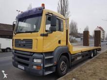Camión portamáquinas MAN TGA 26.360