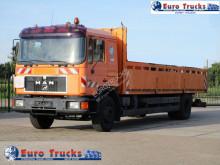 MAN 18.272 truck
