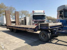 camion porte engins Nooteboom