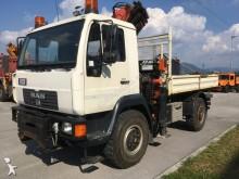 MAN LE 220 C truck
