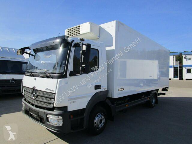 Voir les photos Camion Mercedes ATEGO IV 821 L Kühlkoffer 6 m LBW 1 t*THERMOKING