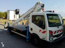 camión Nissan Cabstar Work platform lift Isoli VT48NE, up to 16,