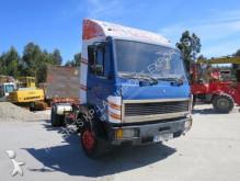 camión nc MERCEDES-BENZ - 1114