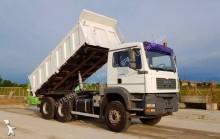 camião MAN 33.463