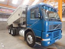 Volvo FM7 truck