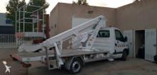 camión Renault Master 16,5 mts Boom lift truck Versalift of secon