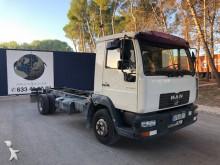 camión MAN 10.145