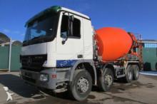 camion Mercedes 3241 B 8x4 BB Liebherr 9 m³ Nr: 056