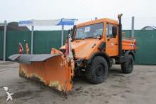 Unimog U 90 turbo - 408/10 - Schneepflug + Salzstreuer truck