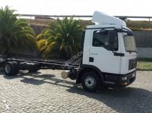 camião MAN TGL 12.210 BL