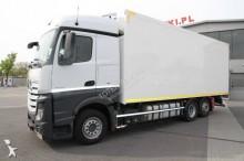 ciężarówka Mercedes Actros 2543 L