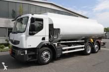 ciężarówka cysterna do paliw Renault