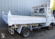 камион самосвал самосвал с тристранно разтоварване Renault
