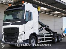 ciężarówka do transportu kontenerów Volvo