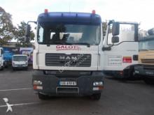 грузовик MAN 32.390
