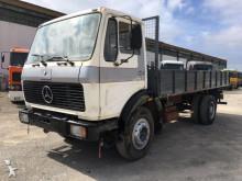 camião estrado / caixa aberta estandar Mercedes