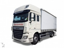 DAF driving school truck