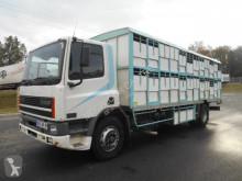 camião transporte de gados ovinos usado
