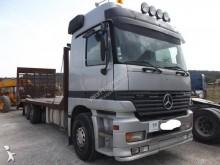 camión Mercedes portamáquinas 2631 Euro 2 usado - n°2880928 - Foto 1