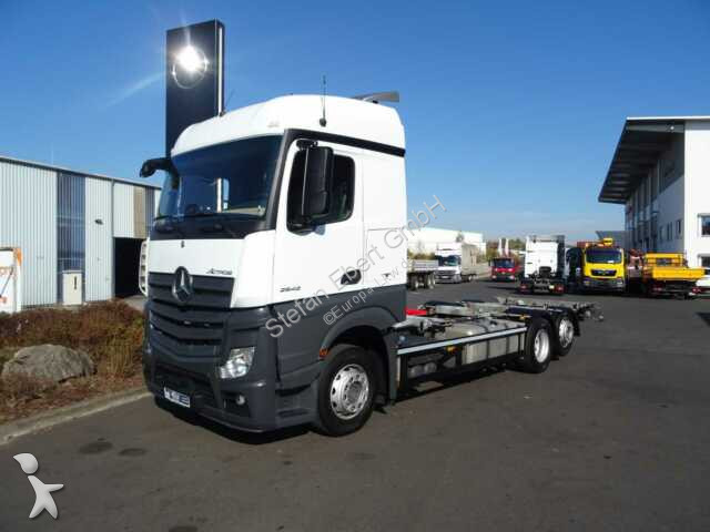 Camion Mercedes Actros 2542 LL 6x2 BDF-Fahrgestell ADR Euro 6