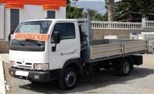 Camión caja abierta Nissan L