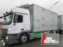 Camión para ganado Mercedes Actros 2544