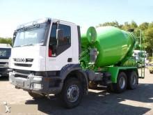 Camión hormigón cuba Mezclador Iveco Trakker 380 E 38