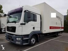 MAN TGL 8.220 truck
