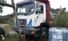 Camión caja abierta MAN 33.292