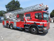 camión bomberos Scania