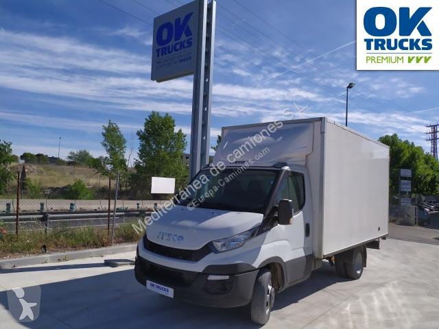 Used Iveco Daily large volume box van 35C13 n°2897561