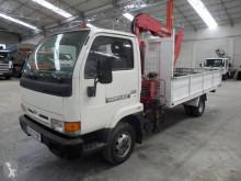 camión Nissan Cabstar 35.11