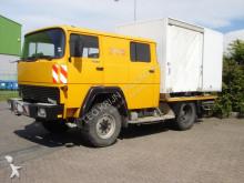 camión caja abierta Magirus