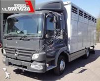 camión para ganado Mercedes