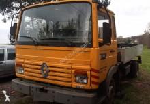грузовик Renault Midliner 120